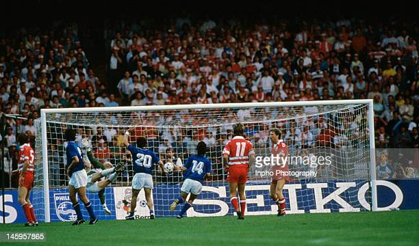 Alessandro Altobelli of Italy scores the opening goal of the match during the UEFA European Championships 1988 Group 1 match between Italy and...