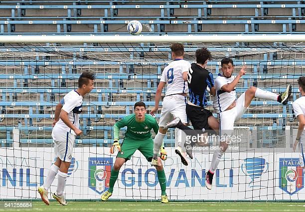 Alessandro Bastoni of Atalanta Bergamasca Calcio scores goal 11 during Serie A U17 Finals between FC Internazionale Milano and Atalanta Bergamasca...
