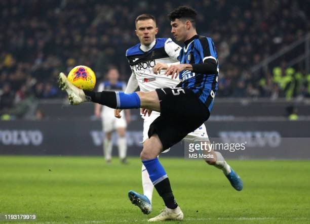Alessandro Bastoni of FC Internazionale competes for the ball with Josip Ilicic of Atalanta BC ,during the Serie A match between FC Internazionale...