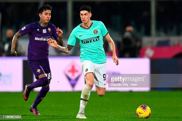 Alessandro Bastoni of FC Internazionale controls the ball during the Serie A match between ACF Fiorentina and FC Internazionale at Stadio Artemio...