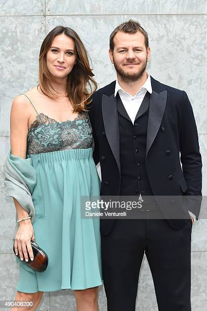 Alessandro Cattelan and Ludovica Sauer arrive at the Giorgio Armani show during the Milan Fashion Week on September 28 2015 in Milan Italy