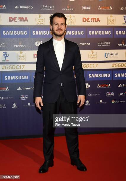Alessandro Cattelan attends the Gran Gala Del Calcio 2017 on November 27 2017 in Milan Italy