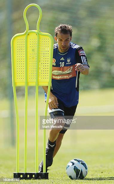 Alessandro Del Piero controls the ball during a Sydney FC ALeague training session at Macquarie Uni on February 7 2013 in Sydney Australia