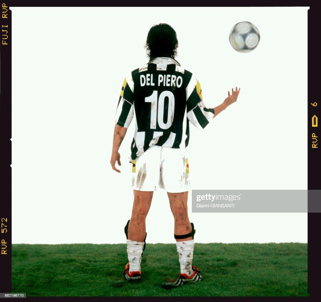 Portrait de Alessandro Del Piero en 2001 : News Photo