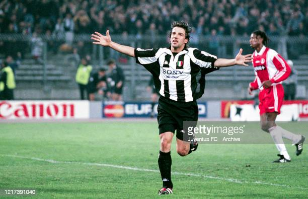 Alessandro Del Piero of Juventus celebrates after scoring a goal during the UEFA Champions League Semi-Final match between Juventus and AS Monaco at...