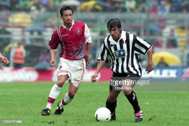 Alessandro Del Piero of Juventus controls the ball under pressure of Hidetoshi Nakata of Perugia during the Serie A match between Perugia and...