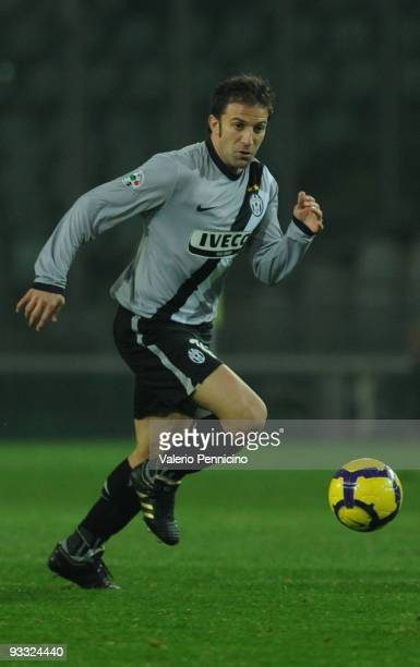 Alessandro Del Piero of Juventus FC in action during the Serie A match between Juventus and Udinese at Stadio Olimpico di Torino on November 22 2009...