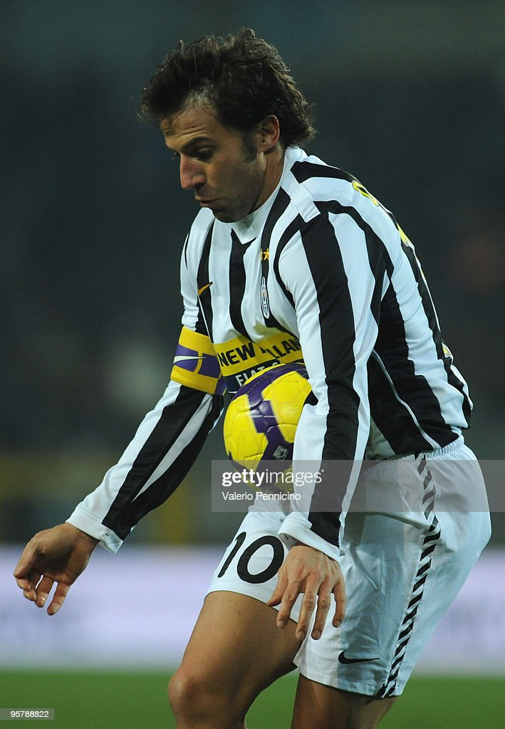 1a35554b0 Alessandro Del Piero of Juventus FC stop the ball during the Tim Cup ...