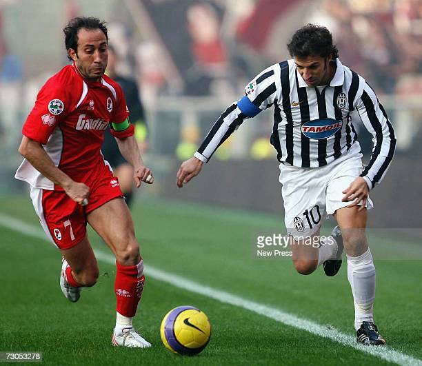Alessandro Del Piero of Juventus in action during the Serie B match between Juventus and Bari at the Stadio Delle Alpi on January 20 2007 in Turin...