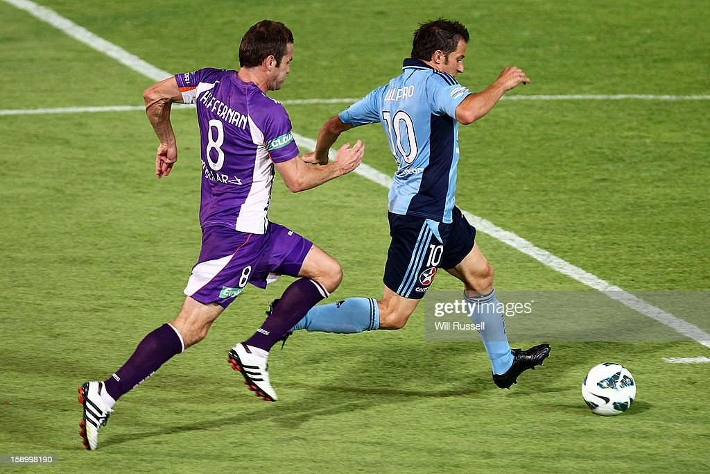Alessandro Del Piero of Sydney controls the ball during the round 15 A-League match between the Perth Glory and Sydney FC at nib Stadium on January 5, 2013 in Perth, Australia.