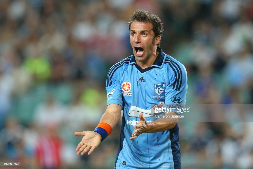 A-League Rd 25 - Sydney FC v Melbourne Victory