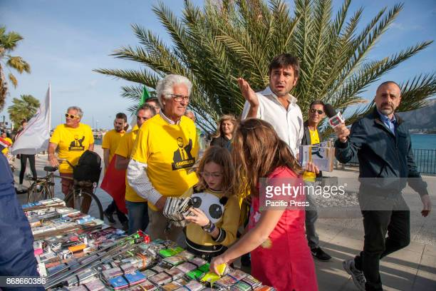 Alessandro Di Battista national MP of the M5S distributes leaflets by Giancarlo Cancelleri a candidate for the Presidency of the Sicilian Region