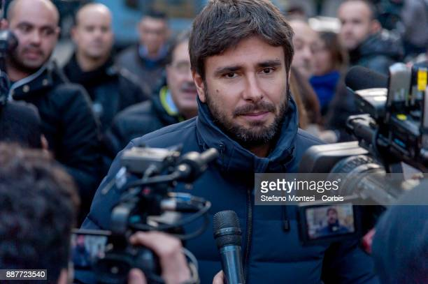 Alessandro Di Battista of the 5 Stars Movement today launched in Piazza Montecitorio in Rome the next election campaign to be held in the early...