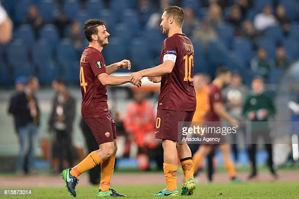 ¿Cuánto mide Alessandro Florenzi? - Real height Alessandro-florenzi-at-francesco-totti-of-as-roma-celebrates-with-his-picture-id615873014?s=612x612