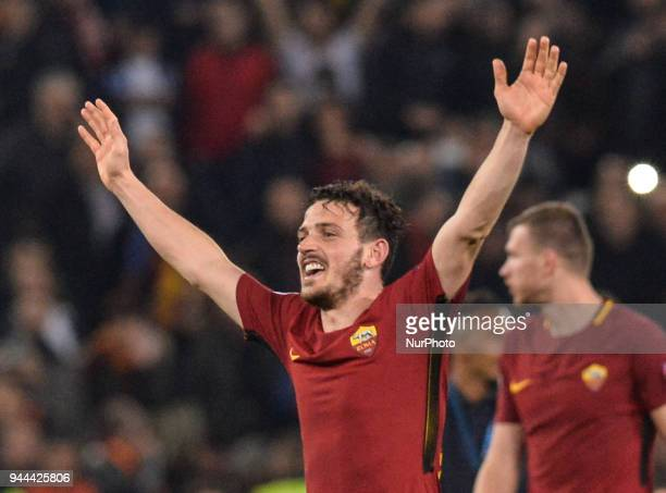 Alessandro Florenzi celebrates the victory during the UEFA Champions League quarter final match between AS Roma and FC Barcelona at the Olympic...