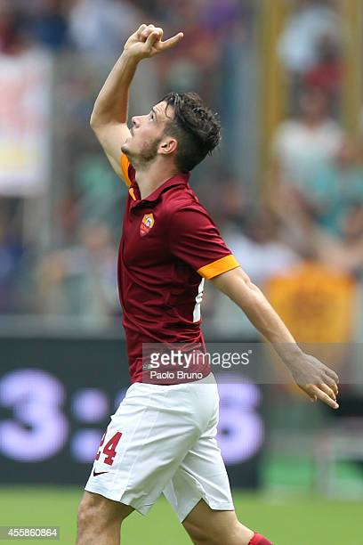Alessandro Florenzi of AS Roma celebrates after scoring the second team's goal during the Serie A match between AS Roma and Cagliari Calcio at Stadio...