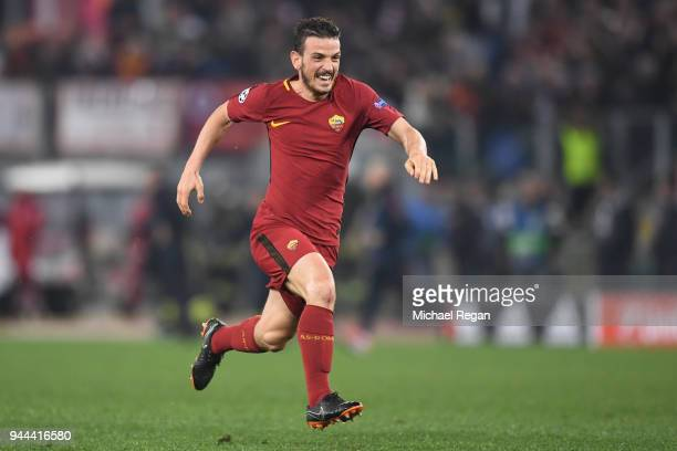 Alessandro Florenzi of AS Roma celebrates at the full time whistle during the UEFA Champions League Quarter Final Second Leg match between AS Roma...