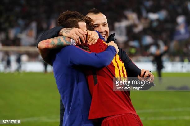 Alessandro Florenzi of AS Roma Daniele de Rossi of AS Roma Radja Nainggolan of AS Roma during the Italian Serie A match between AS Roma v Lazio at...