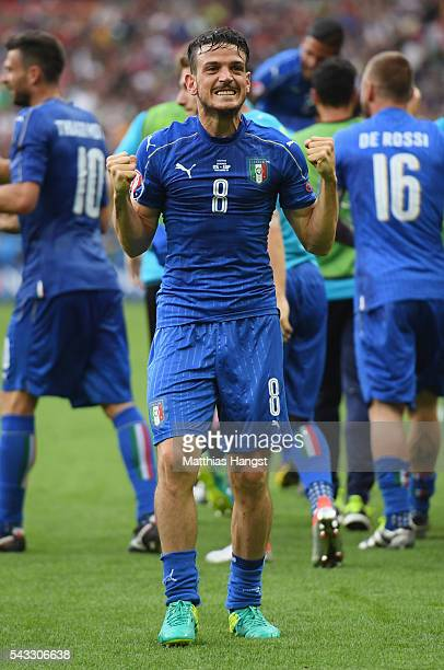 Alessandro Florenzi of Italy celebrates his team's second goal during the UEFA EURO 2016 round of 16 match between Italy and Spain at Stade de France...