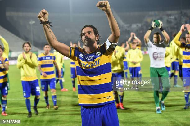 Alessandro Lucarelli of Parma Calcio celebrates the victory after the match between Ascoli Picchio and Parma Calcio at Stadio Cino e Lillo Del Duca...