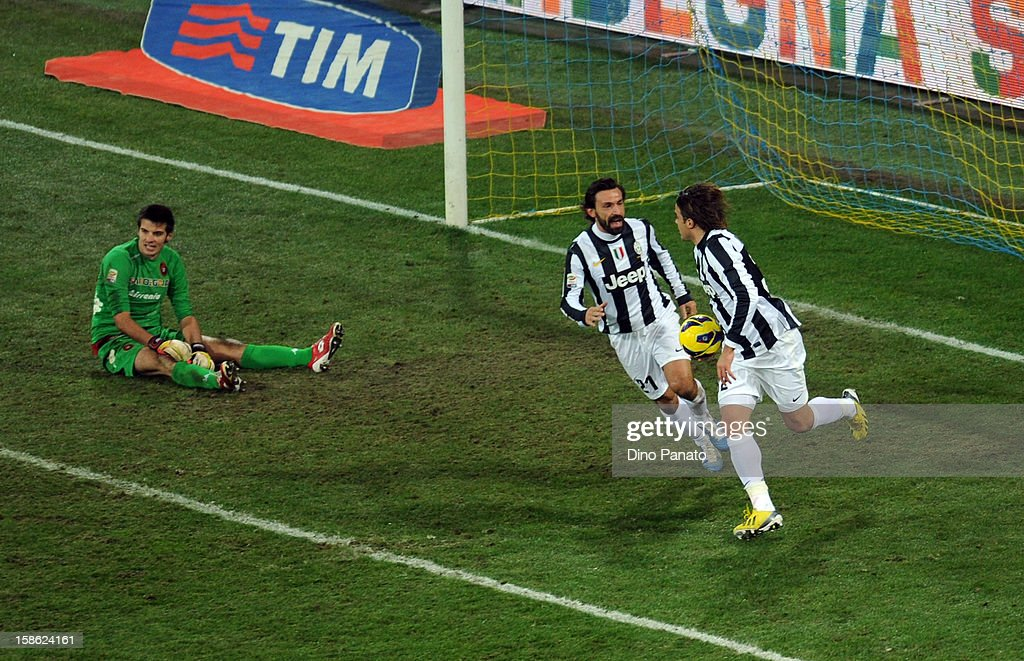 Alessandro Matri (R) of FC Juventus celebrate after scoring his first goal during the Serie A match between Cagliari Calcio and FC Juventus at Stadio Ennio Tardini on December 21, 2012 in Parma, Italy.