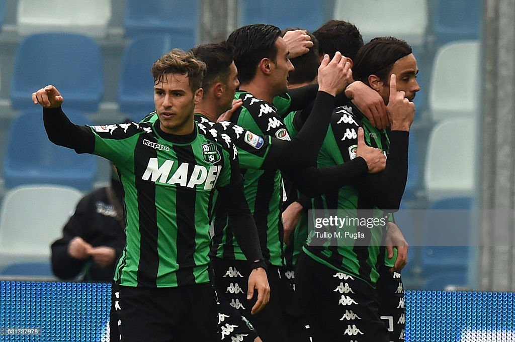Alessandro Matri of Sassuolo celebrates after scoring the equalizing during the Serie A match between US Sassuolo and US Citta di Palermo at Mapei Stadium - Citta' del Tricolore on January 15, 2017 in Reggio nell'Emilia, Italy.