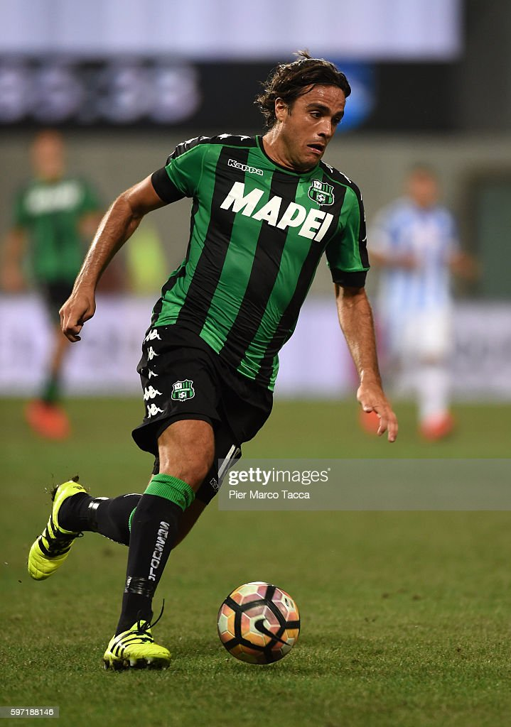 Alessandro Matri of US Sassuolo in action during the Serie A match between US Sassuolo and Pescara Calcio at Mapei Stadium - Citta' del Tricolore on August 28, 2016 in Reggio nell'Emilia, Italy.