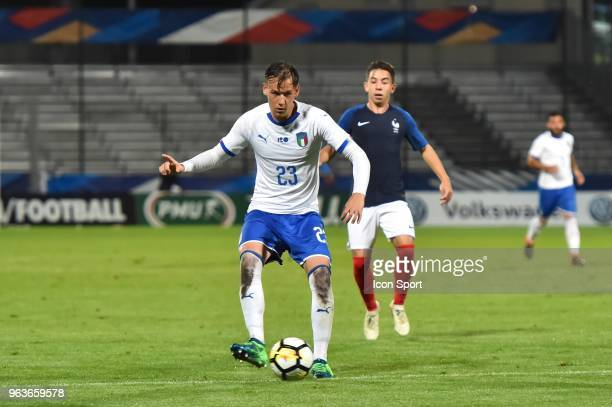 Alessandro Murgia of Italia and Maxime Lopez of France during the U21 International Friendly match between France and Italy on May 29 2018 in...
