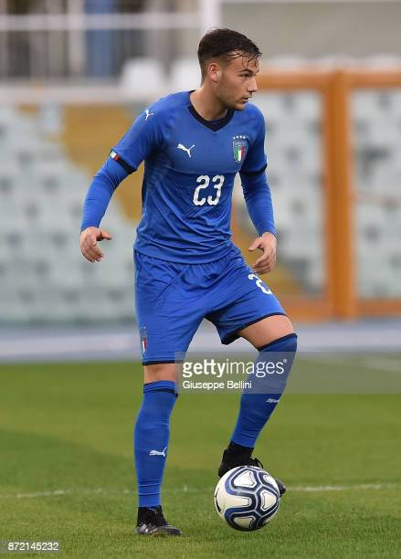 Alessandro Murgia of Italy U21 in action during the friendly match between Italy U21 and Pescara Calcio at Adriatico Stadium Giovanni Cornacchia on...