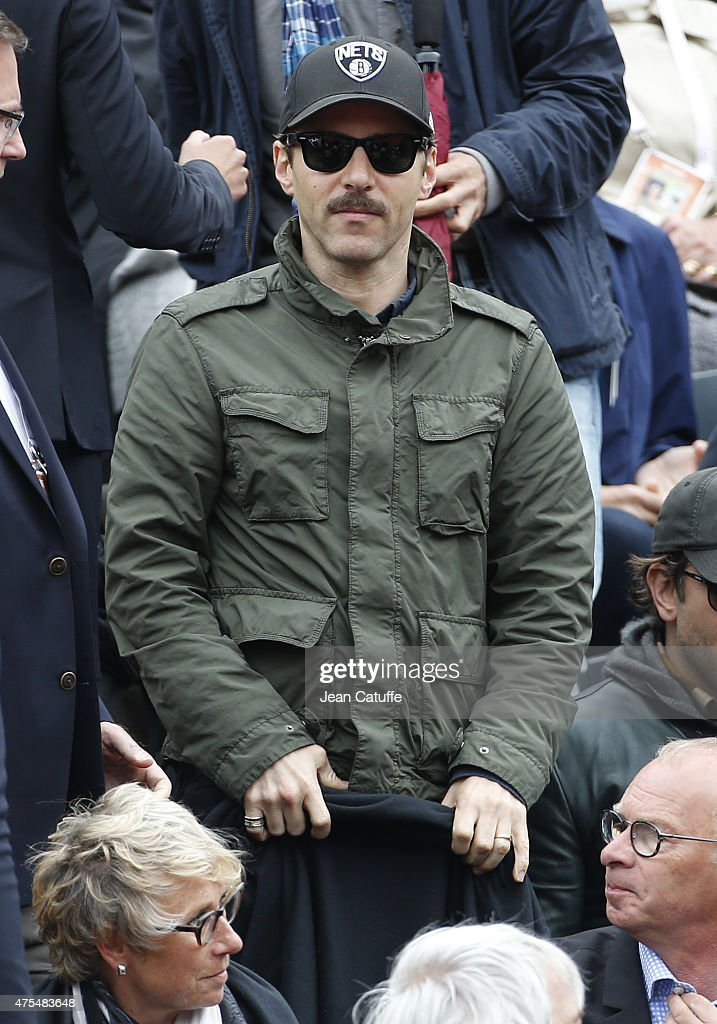 Alessandro Nivola attends day 8 of the French Open 2015 at Roland Garros stadium on May 31, 2015 in Paris, France.