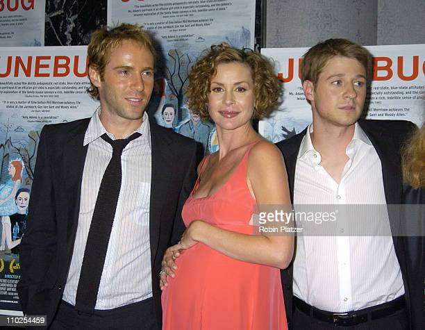 Alessandro Nivola, Embeth Davidtz and Benjamin McKenzie