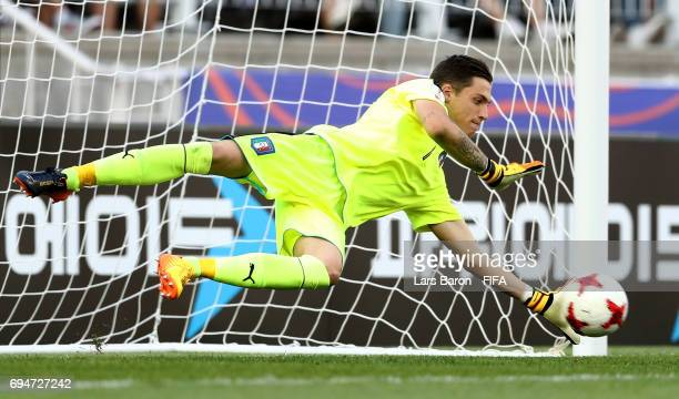 Alessandro Plizzari of Italy saves a penalty during the FIFA U20 World Cup Korea Republic 2017 3rd rank playoff match between Uruguay and Italy at...