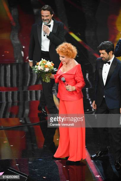 Alessandro Preziosi Ornella Vanoni and Pierfrancesco Favino attend the fourth night of the 68 Sanremo Music Festival on February 9 2018 in Sanremo...
