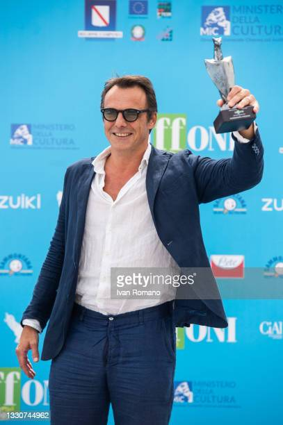 Alessandro Preziosi with Giffoni Award 2021 attends the photocall at the Giffoni Film Festival 2021 on July 26, 2021 in Giffoni Valle Piana, Italy.