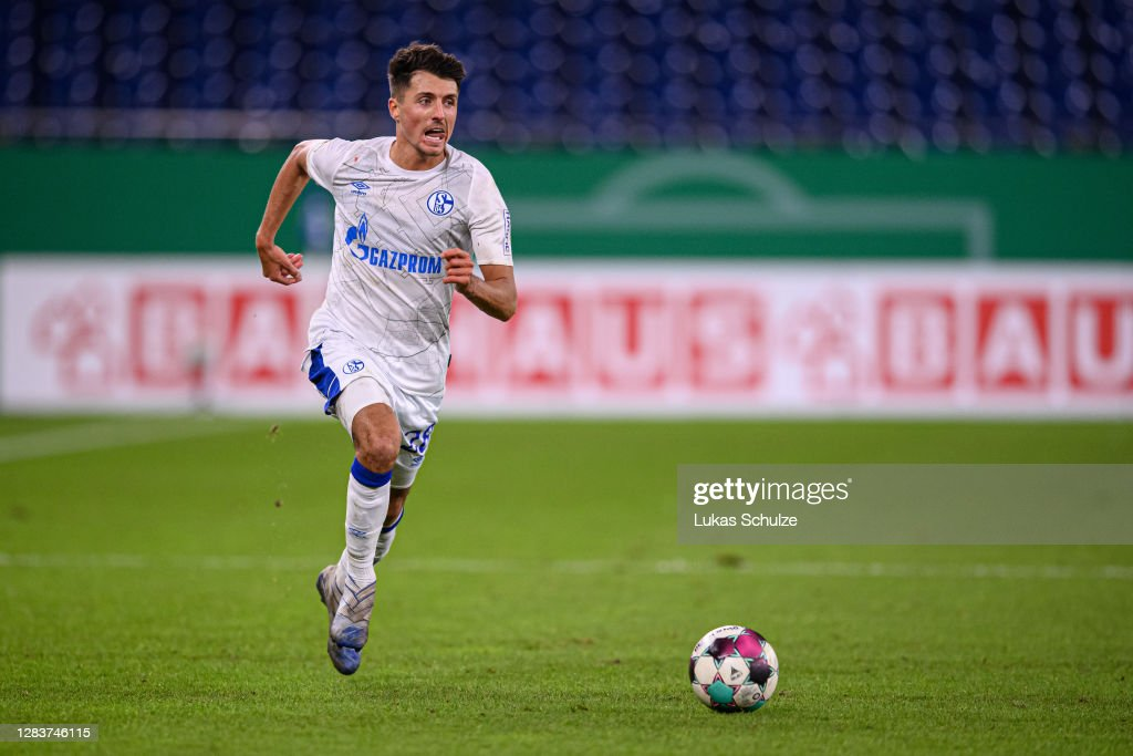 1. FC Schweinfurt 05 v FC Schalke 04 - DFB Cup: First Round : Nachrichtenfoto