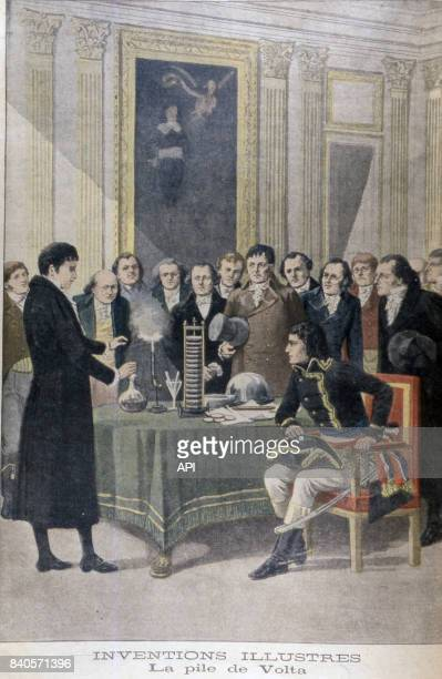 Alessandro Volta faisant la démonstration de sa pile électrique devant Napoléon Bonaparte