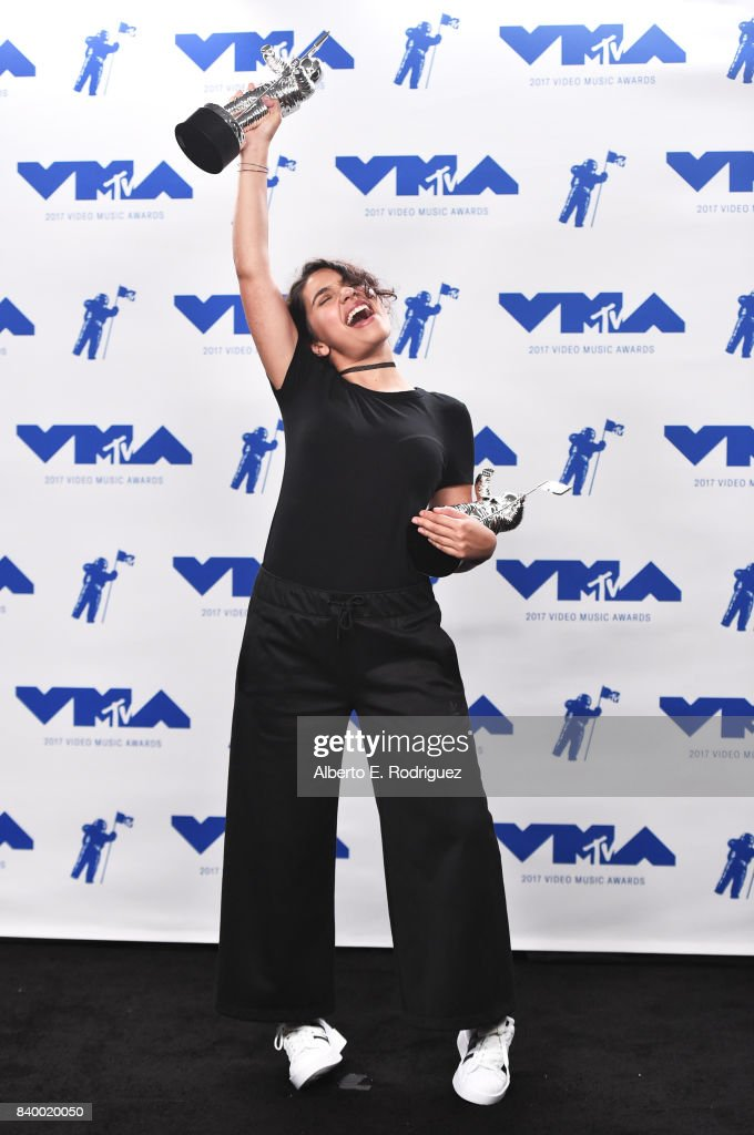 Alessia Cara, winner of Best Dance for 'Stay', poses in the press room during the 2017 MTV Video Music Awards at The Forum on August 27, 2017 in Inglewood, California.