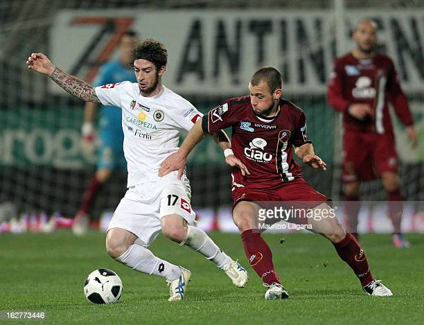 Alessio Campagnacci of Reggina competes for the ball with Filippo Porcari of Spezia during the Serie B match between Reggina Calcio and AC Spezia at...