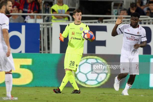 Alessio Cragno of Cagliari in action during the serie A match between Cagliari and AC Milan at Sardegna Arena on September 16 2018 in Cagliari Italy