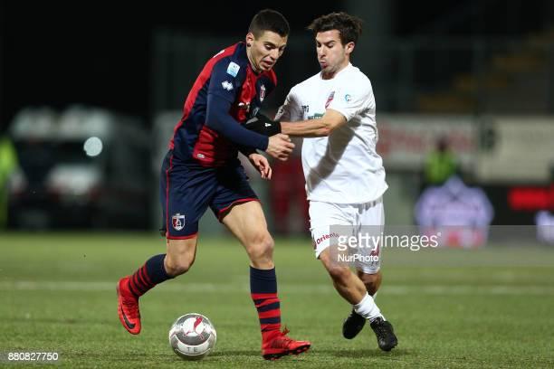 Alessio Di Massimo of SS Sambenedettese compete for the ball with Lorenzo De Grazia of Teramo Calcio 1913 during the Lega Pro 17/18 group B match...
