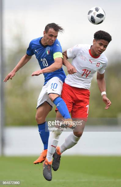 Alessio Riccardi of Italy battles for posession with Simon Sohm of Switzerland during the UEFA European Under17 Championship Group A match between...