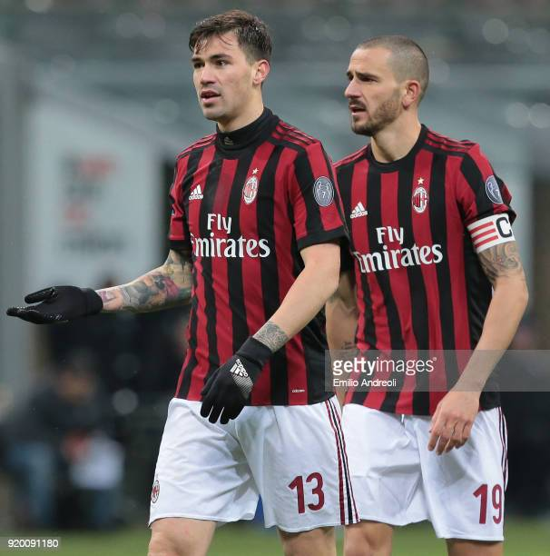 Alessio Romagnoli and Leonardo Bonucci of AC Milan look on during the serie A match between AC Milan and UC Sampdoria at Stadio Giuseppe Meazza on...