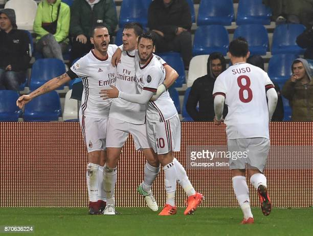 Alessio Romagnoli of AC Milan celebrates after scoring the opening goalduring the Serie A match between US Sassuolo and AC Milan at Mapei Stadium...