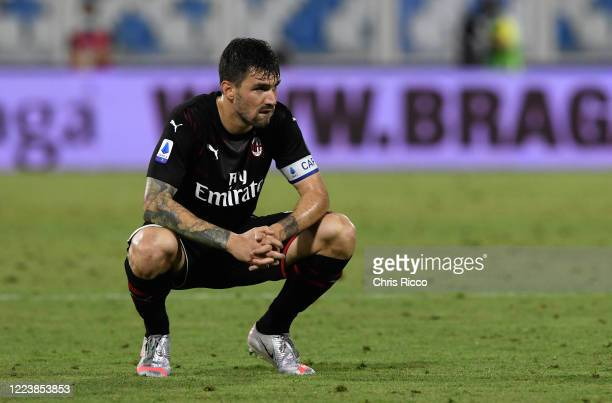 Alessio Romagnoli of AC Milan during the Serie A match between SPAL and AC Milan at Stadio Paolo Mazza on July 1, 2020 in Ferrara, Italy.