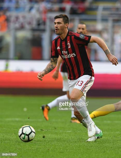 Alessio Romagnoli of AC Milan in action during the Serie A match between AC Milan and Udinese Calcio at Stadio Giuseppe Meazza on September 17 2017...