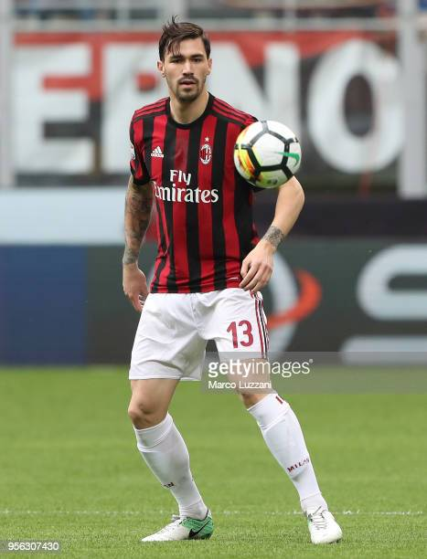 Alessio Romagnoli of AC Milan in action during the serie A match between AC Milan and Hellas Verona FC at Stadio Giuseppe Meazza on May 5 2018 in...