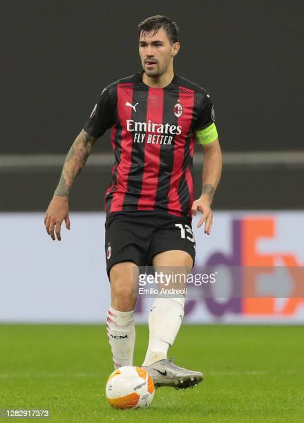 Alessio Romagnoli of AC Milan in action during the UEFA Europa League Group H stage match between AC Milan and AC Sparta Praha at San Siro Stadium on...