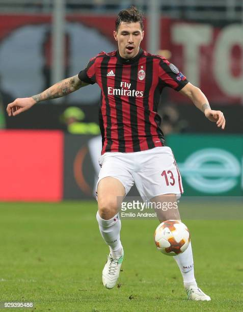 Alessio Romagnoli of AC Milan in action during UEFA Europa League Round of 16 match between AC Milan and Arsenal at Stadio Giuseppe Meazza on March 8...
