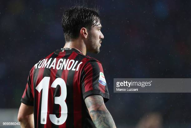 Alessio Romagnoli of AC Milan looks on during the serie A match between Atalanta BC and AC Milan at Stadio Atleti Azzurri d'Italia on May 13 2018 in...