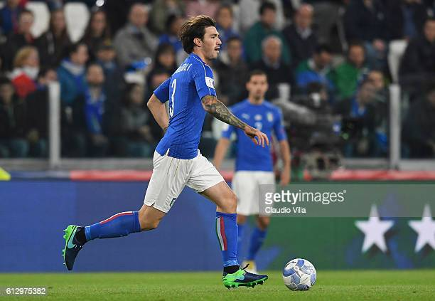Alessio Romagnoli of Italy in action during the FIFA 2018 World Cup Qualifier between Italy and Spain at Juventus Stadium on October 6 2016 in Turin...